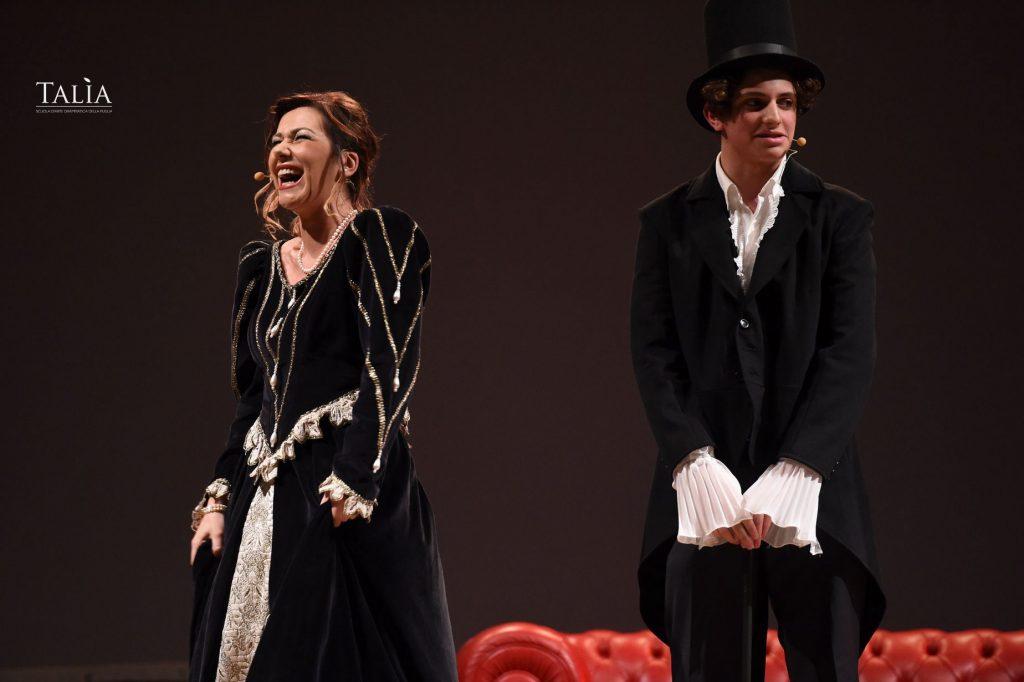 Spettacolo teatrale della scuola Talìa